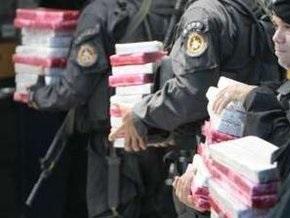 Аргентинские полицейские уничтожили рекордную партию наркотиков