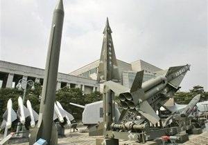 СМИ: Разведка обнаружила в КНДР межконтинентальную баллистическую ракету