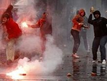 В Сербии произошли столкновения между полицией и сторонниками Караджича
