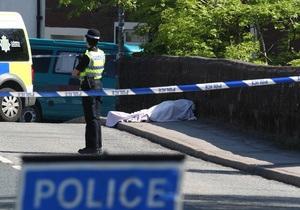 Жертвами таксиста, открывшего стрельбу на северо-западе Англии, стали 12 человек