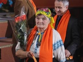 Фотогалерея: Баба Параска, розы и Президент