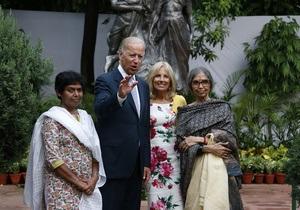 Спецслужбы Индии и США предотвратили нападение стаи обезьян на Байдена