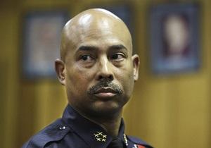 В США шеф полиции Детройта подал в отставку из-за романа с подчиненной