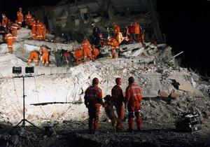 Число жертв землетрясения в Турции превысило 500 человек