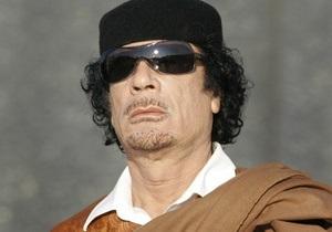 Каддафи: Признание странами Запада повстанцев для ливийцев ничего не значит