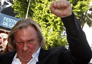 Депардье - Россиянин Депардье: украинские националисты призвали объявить актеру бойкот