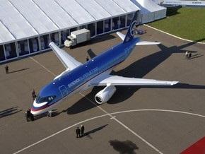 Российский лайнер нового поколения SuperJet-100 передали на сертификацию