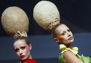 Фотогалерея: А сбоку - бантик. Шоу безумных парикмахеров в Лондоне