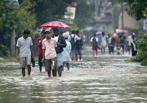 От наводнений на Шри-Ланке пострадали около миллиона человек