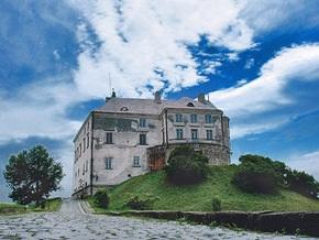 Олесский замок отключили от электроснабжения