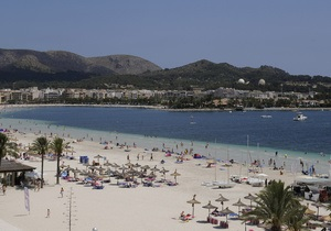 На пляжах Майорки могут запретить алкоголь