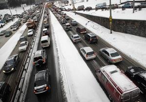 Киевавтодор потратит на ремонт столичных дорог свыше ста миллионов гривен