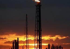 Эффект санкций: Иран снизит добычу нефти на треть