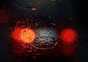 В Винницкой области из-за падения автомобиля в пруд погибли четыре человека