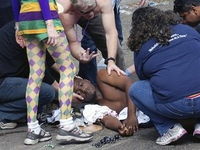 Неизвестные открыли стрельбу во время карнавала в Нью-Орлеане
