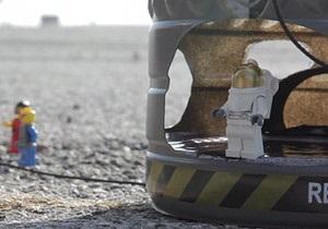 Прыжок Баумгартнера из стратосферы изобразили с помощью конструктора Lego