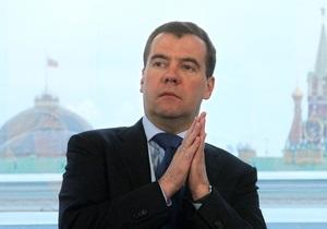 Би-би-си: Медведев - удобный премьер для Путина