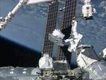 Американские астронавты вернулись с космической прогулки
