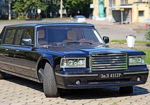СМИ добыли фотографии нового российского лимузина для высшего эшелона власти