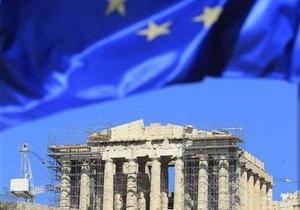 ВВП Греции существенно упал за год