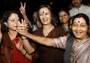 В Индии авиакомпания решила нанимать лишь женщин ради экономии топлива - новости индии - карьера женщины