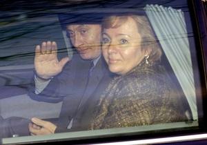 Путин развелся с женой - Путин выдает информацию о себе вымеренными и безвкусными порциями