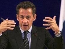Саркози застукали с новой подругой-моделью