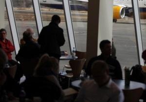 Новости Мексики - сктранные новости: В Мексике прилетевшая из США женщина поселилась в аэропорту
