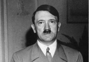 Историки: Однополчане Гитлера считали его тыловой свиньей и прихлебателем