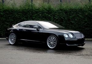 Названы самые дорогие автомобили украинских депутатов