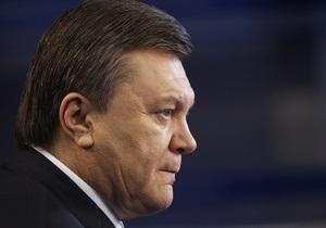 Сегодня Янукович посадит деревья в сквере Енакиево