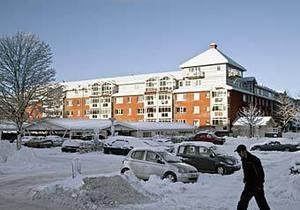 Семья шведов, вернувшись домой, обнаружила в детской кроватке пьяного незнакомца