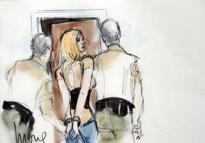 Линдсей Лохан отправилась в тюрьму