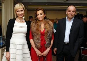 Фотогалерея: Купи звезду. Украинских знаменитостей выставили на продажу
