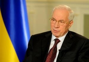 Азаров уверен, что топливный кризис в России не повлияет на украинский рынок