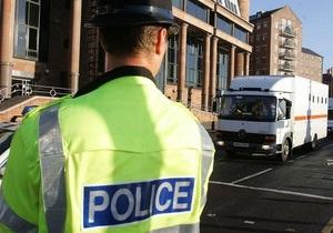 Пятилетний британец угнал внедорожник отца