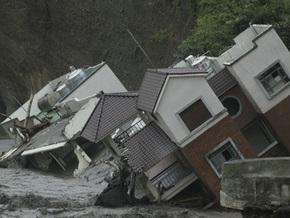 В результате тайфуна Моракот на Тайване погибли более 100 человек