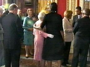 Главным светским событием саммита G-20 стали объятия Мишель Обамы с британской королевой