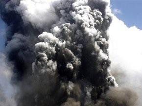 В России продолжается крупнейшее извержение вулкана