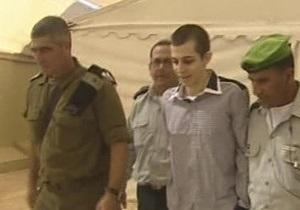 Фотогалерея: История одного капрала. Израиль обменял Гилада Шалита на палестинских заключенных