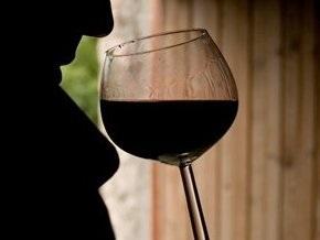 Кабмин установил минимальные цены на вино
