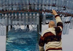 Елку в центре Киева украсят пластиковыми изделиями