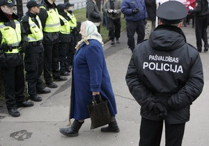 Начальник госполиции Латвии: полицейские обязаны знать русский язык