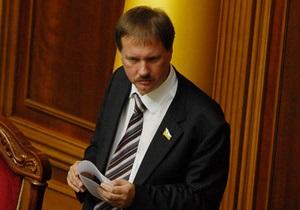В кулуарах парламента ходят слухи о выходе из группы Рыбакова еще троих депутатов