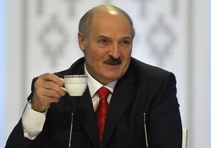 Лукашенко предположил, что белорусы скоро будут ходить в магазины как в музеи, но оговорился насчет чиновников