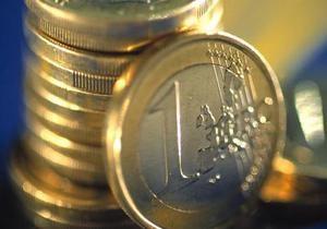 Евро падает на межбанке рекордными темпами