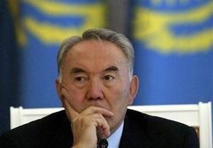 Закон о референдуме по продлению полномочий президента Казахстана направили на подпись Назарбаеву