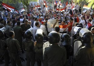 Демонстрации в Сирии перекинулись на улицы Дамаска: есть жертвы