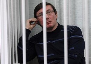 Луценко: Уголовный розыск единственный в системе МВД не занимается рэкетом