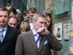 СМИ: Черновецкий провел свой отпуск в Крыму